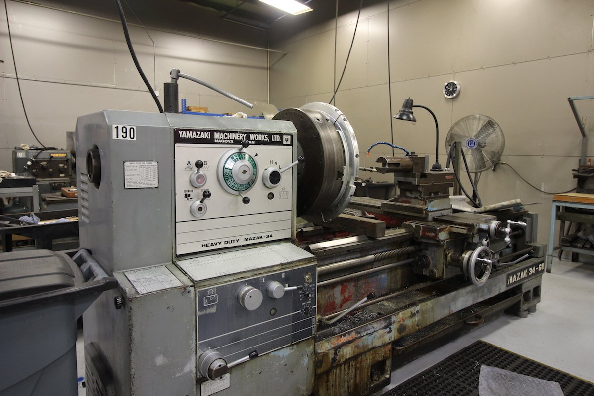 Manually Machining - Manual Lathe